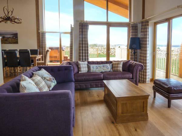 Aurae Cawdor Inverness log cabin living area