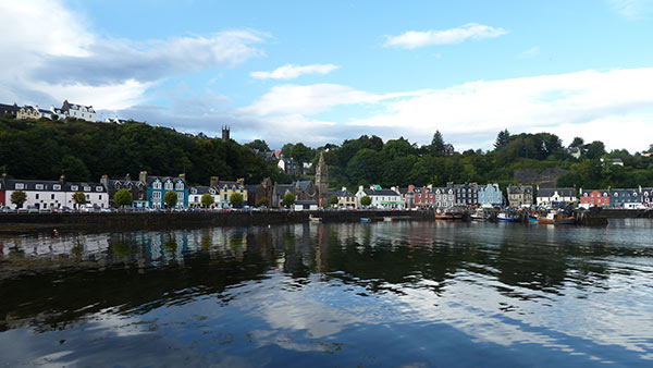 Things to do on Mull - Tobermory harbour